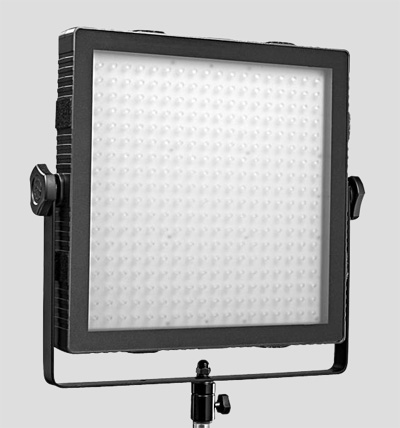 felloni1 NAB 11   Dedo TECPRO Felloni: new hq LED at low price