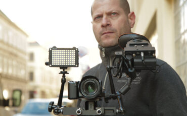 Working with the Sony NEX-5n for broadcast