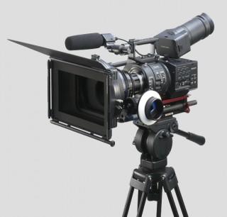 NEXFS700 2 1 320x306 Sony NEX FS700 announced   striking 240fps in HD