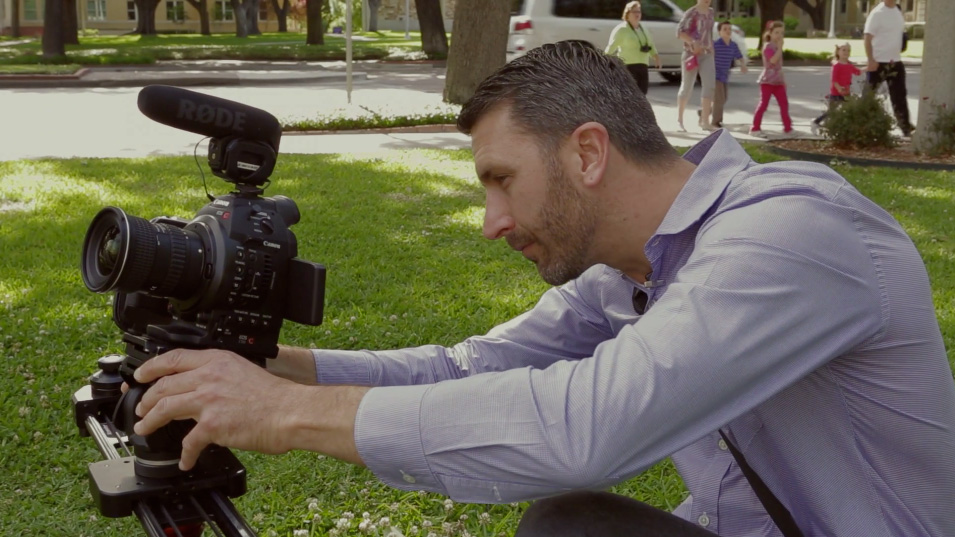 Joe Simon operating the C100 on a slider