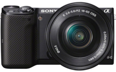 Sony release two new cameras and 3 new lenses