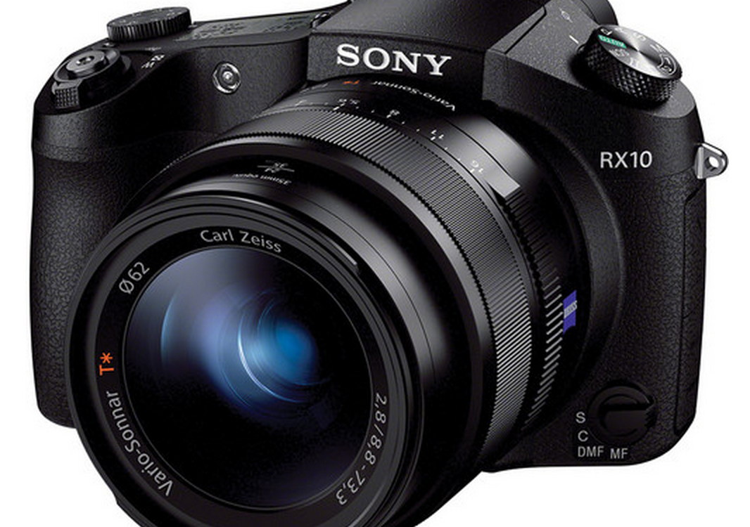 Sony RX10 - A bridge camera with exciting video features