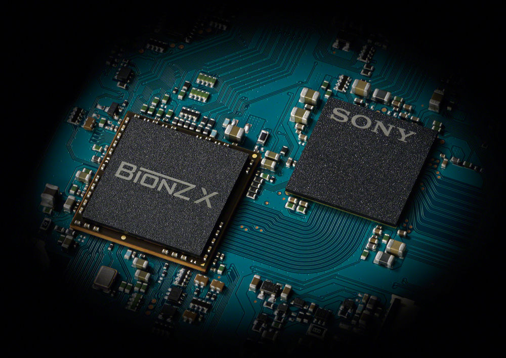 The BIONZ X chip powers the FDR-AX100's image processing and enables XAVC S 4K recording