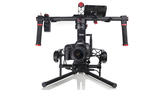 Moza 3-Axis Gimbal Stabilizer with built in wireless video and thumb controller
