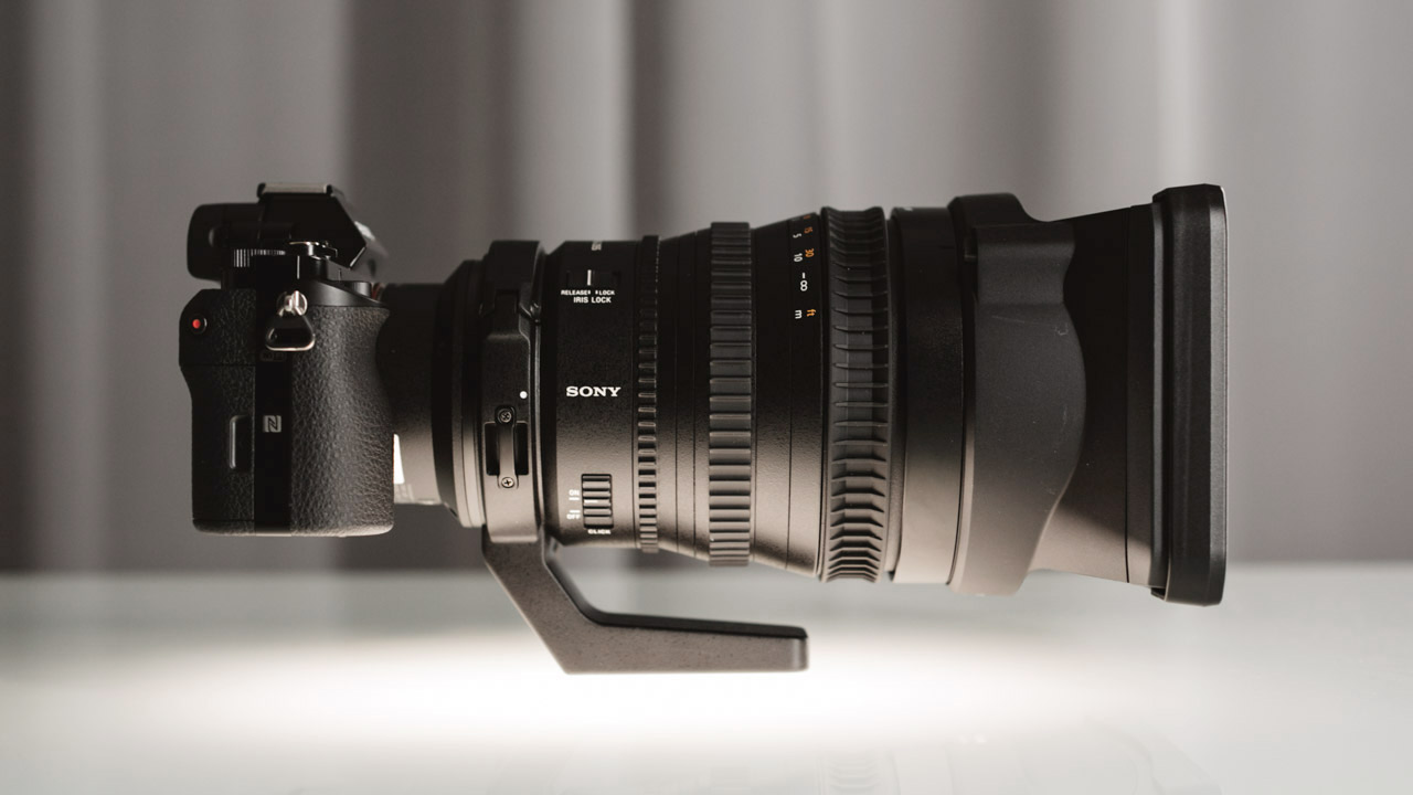 "Sony 28-135mm Review - Why This Might Be ""The"" Cine Zoom Lens For You"