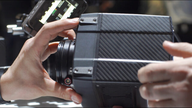 arri-alexa-mini-mounting-holes