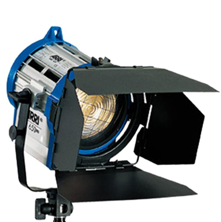Arri_Junior_650w_Fresnel_Tungsten_2  sc 1 st  cinema5D & Let There Be Light u2013 Four Common Types of Film Lights azcodes.com