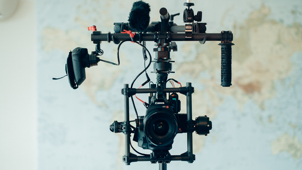 How to attach the C100/C300 hand grip to your MoVi or Ronin | cinema5D