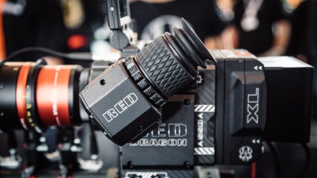 RED-oled-evf-02