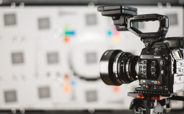 Canon C300 Mark II Lab Test - Dynamic Range 2 Stops Less Than Expected