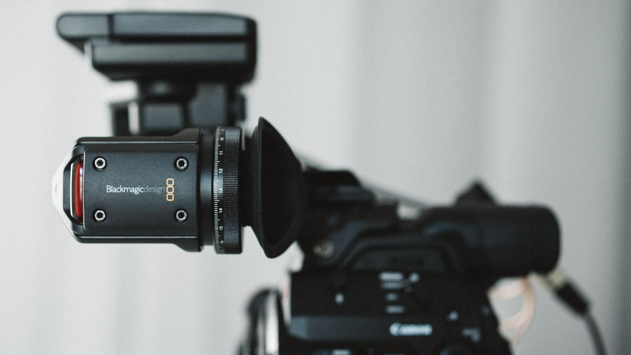 the blackmagic ursa viewfinder works on a canon c300 mark ii cinema5d rh cinema5d com Canon C100 Canon C100