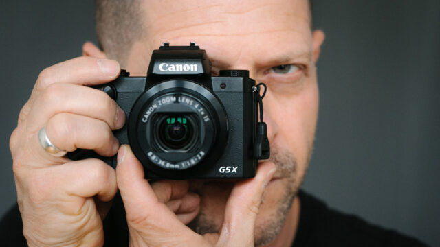 Canon PowerShot G5 X in action
