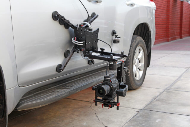 rig wheels cloud car mount