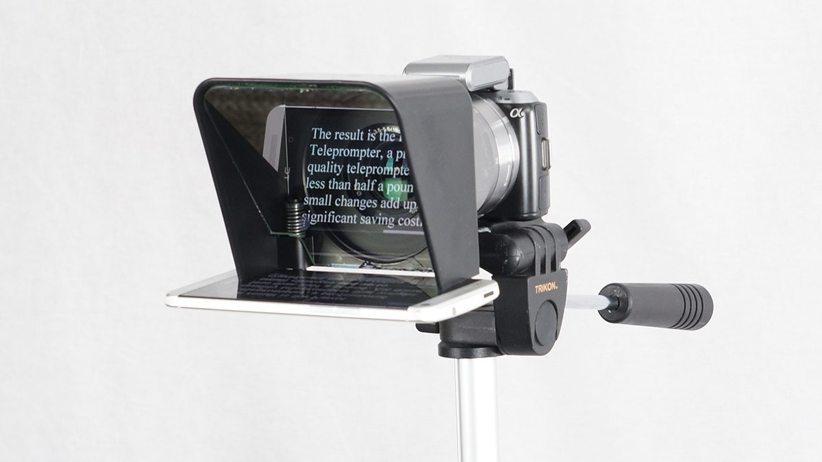 Meet The Pocked-Sized Parrot 2 Teleprompter
