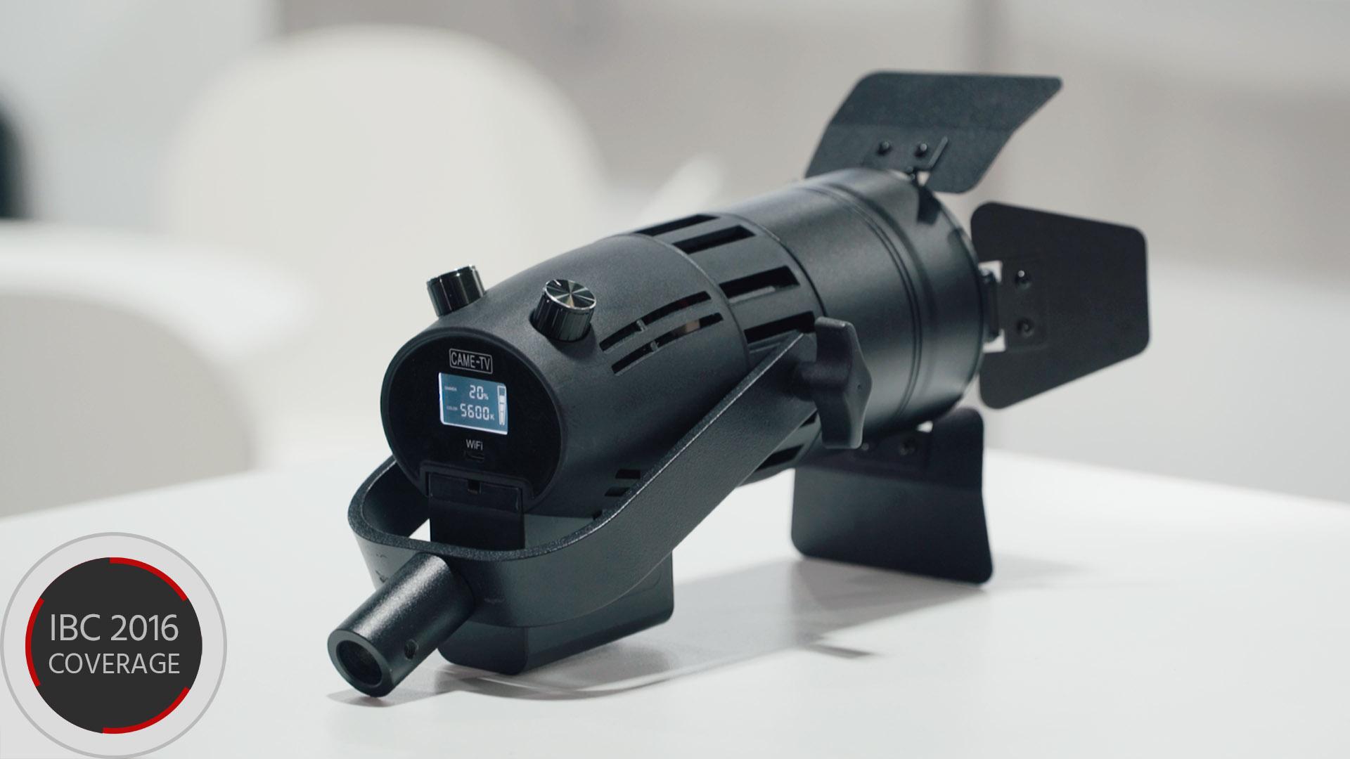 Came-TV Boltzen - コンパクトでリモコン可能なLEDフルネルライト