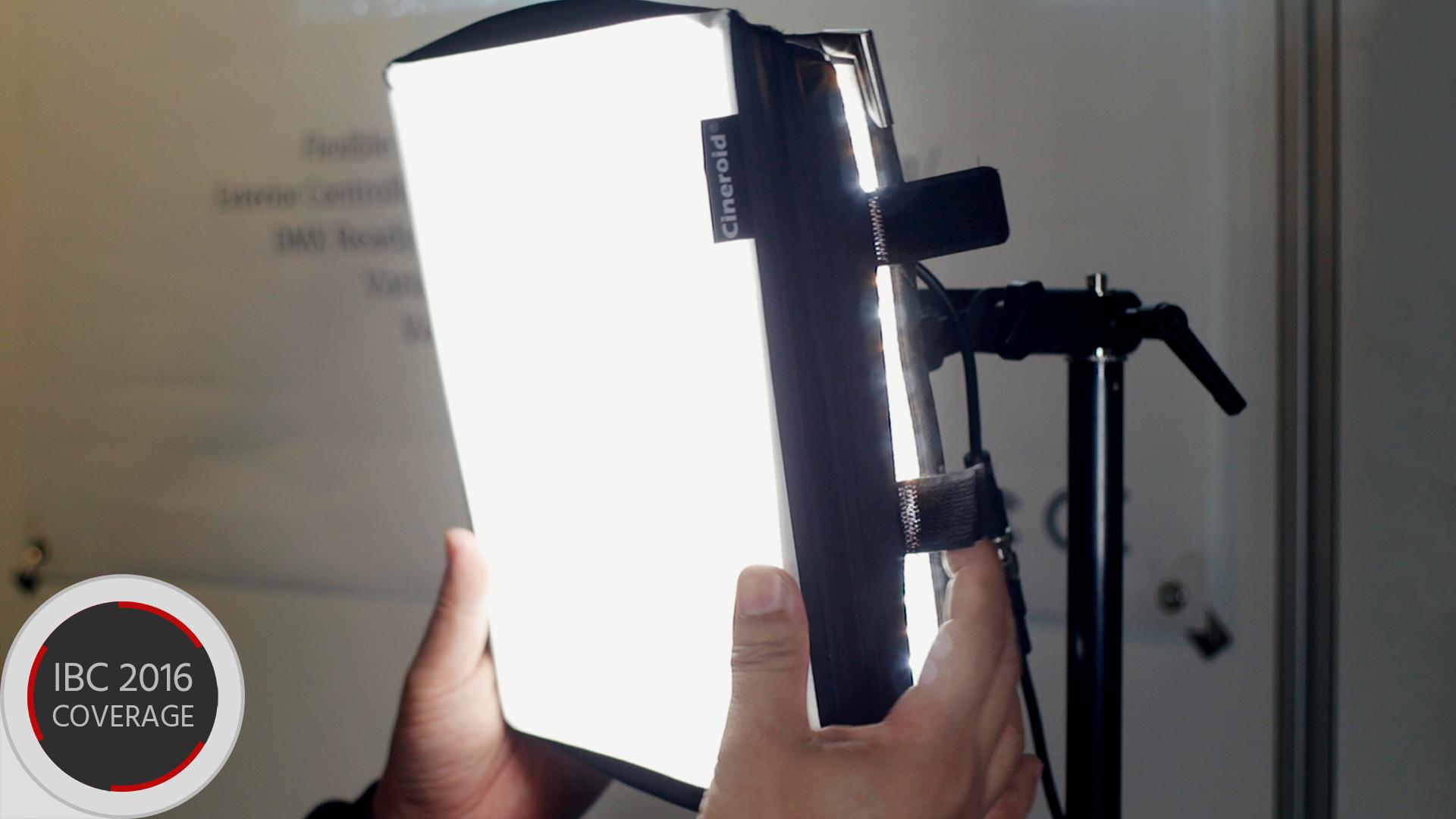 シネロイド FL400Sを発表 - 折り畳めるLEDライト