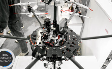 Varavon Shows Us a Unique 3-Axis VR Drone