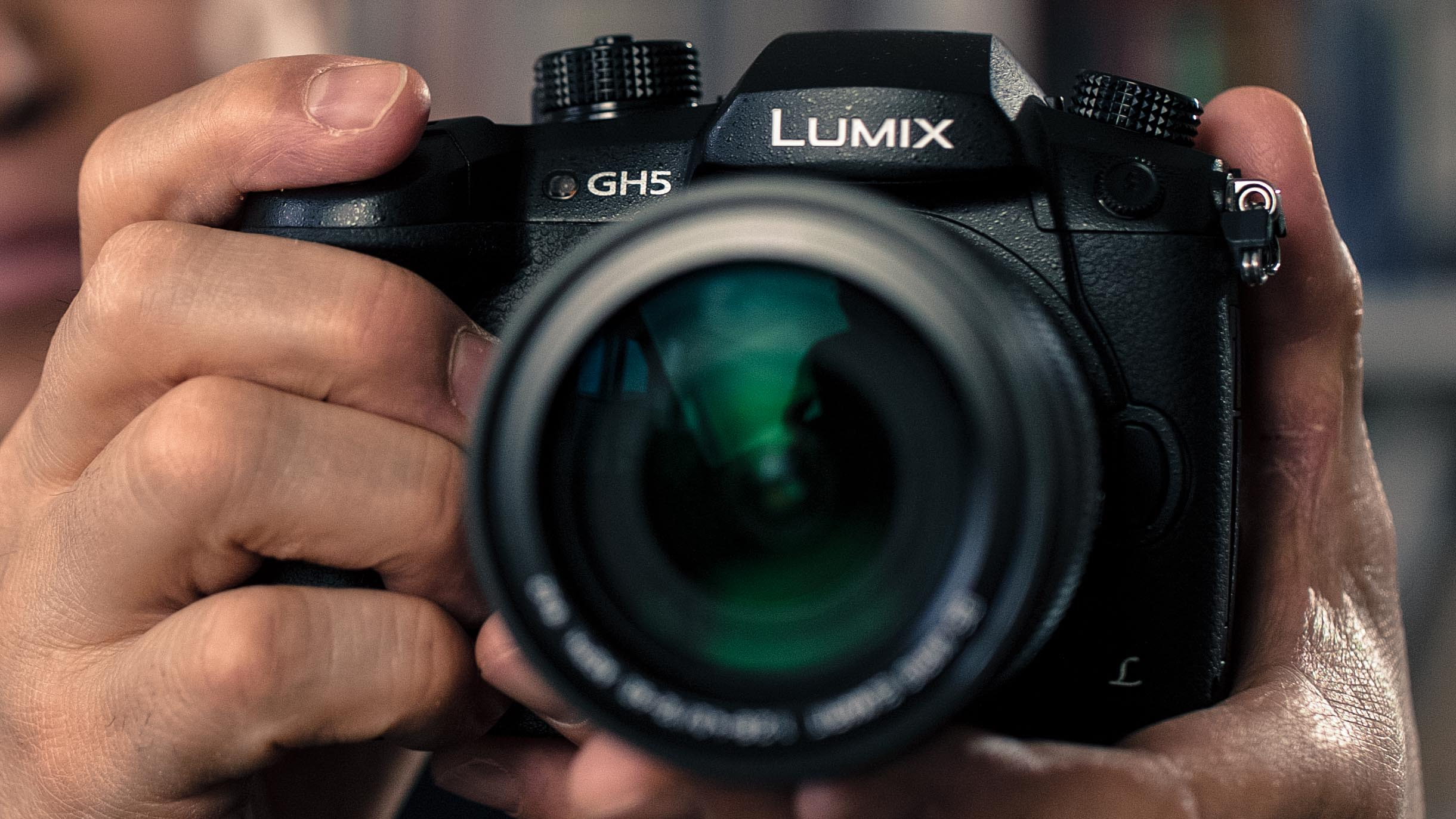 "Panasonic GH5 Hands-on - ""6K"" Anamorphic Video, 4K 60p, 180fps FHD"