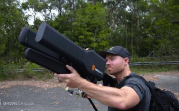 """DroneGun"" - Capable of Taking Down a DJI Phantom from 1.2 Miles Away"