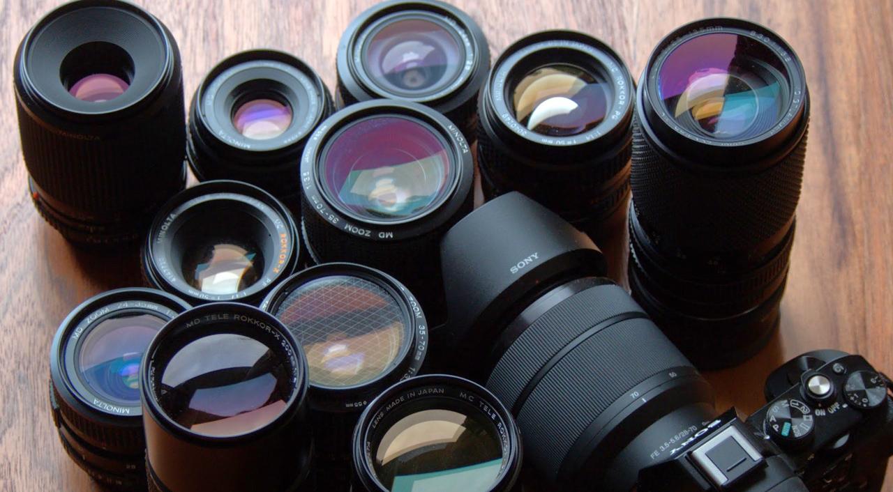 ソニーαカメラ用の50mmプライムレンズ5本を用途別にピックアップ