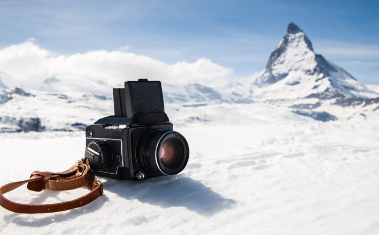 Filming in Cold Environments - The Challenges of Shooting a Story About Glaciers
