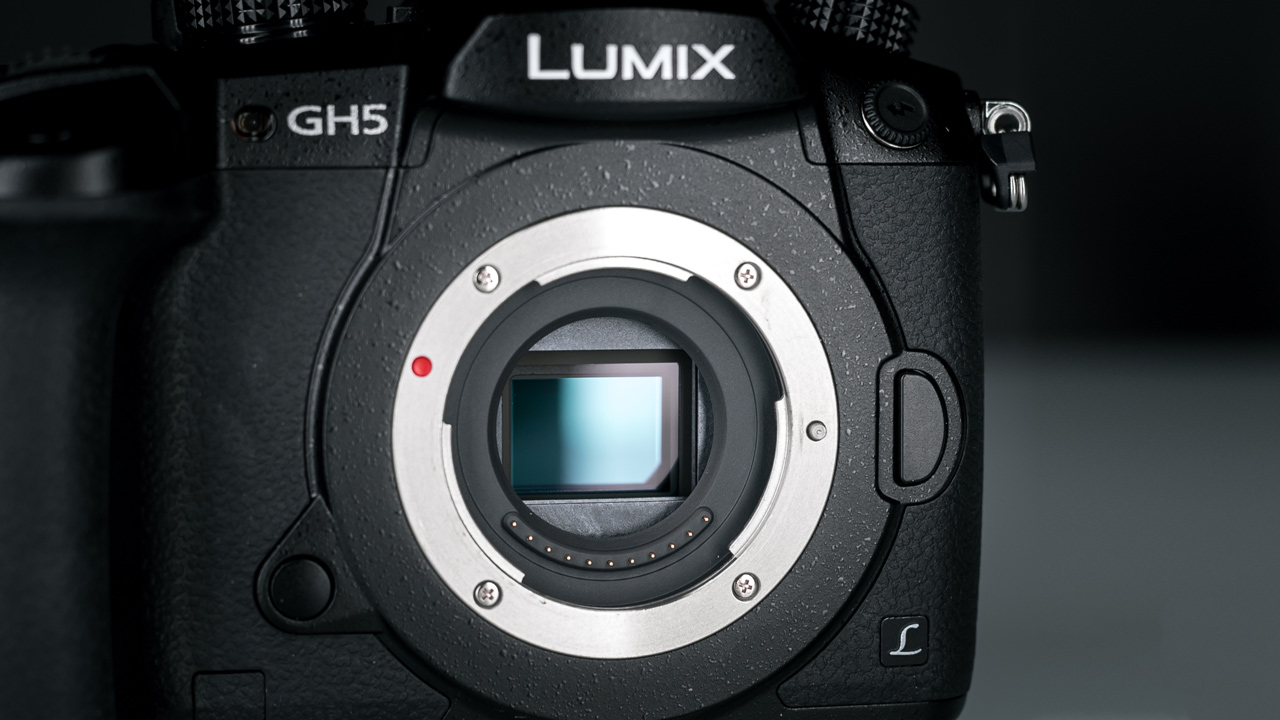 How Good is the Panasonic GH5? Lab Review + Free GH5 LUT [UPDATED