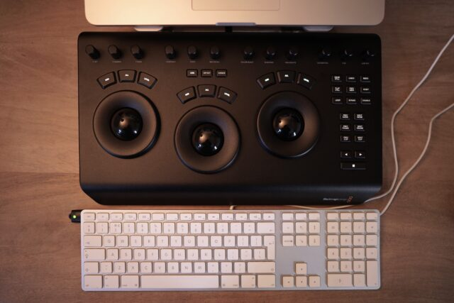 Davinci Resolve Micro Panel Hands On Review Cined