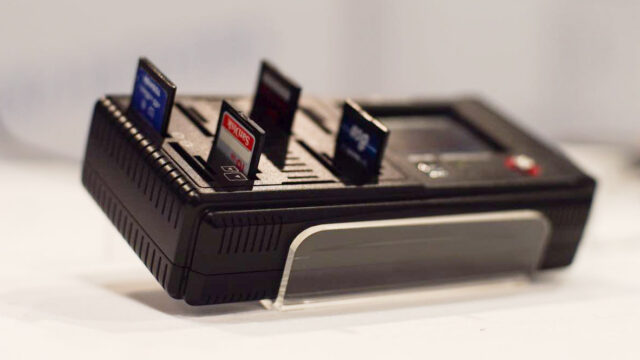 NEXTO DI NCB-20 Card Batcher – Simple Backup of All Your Media