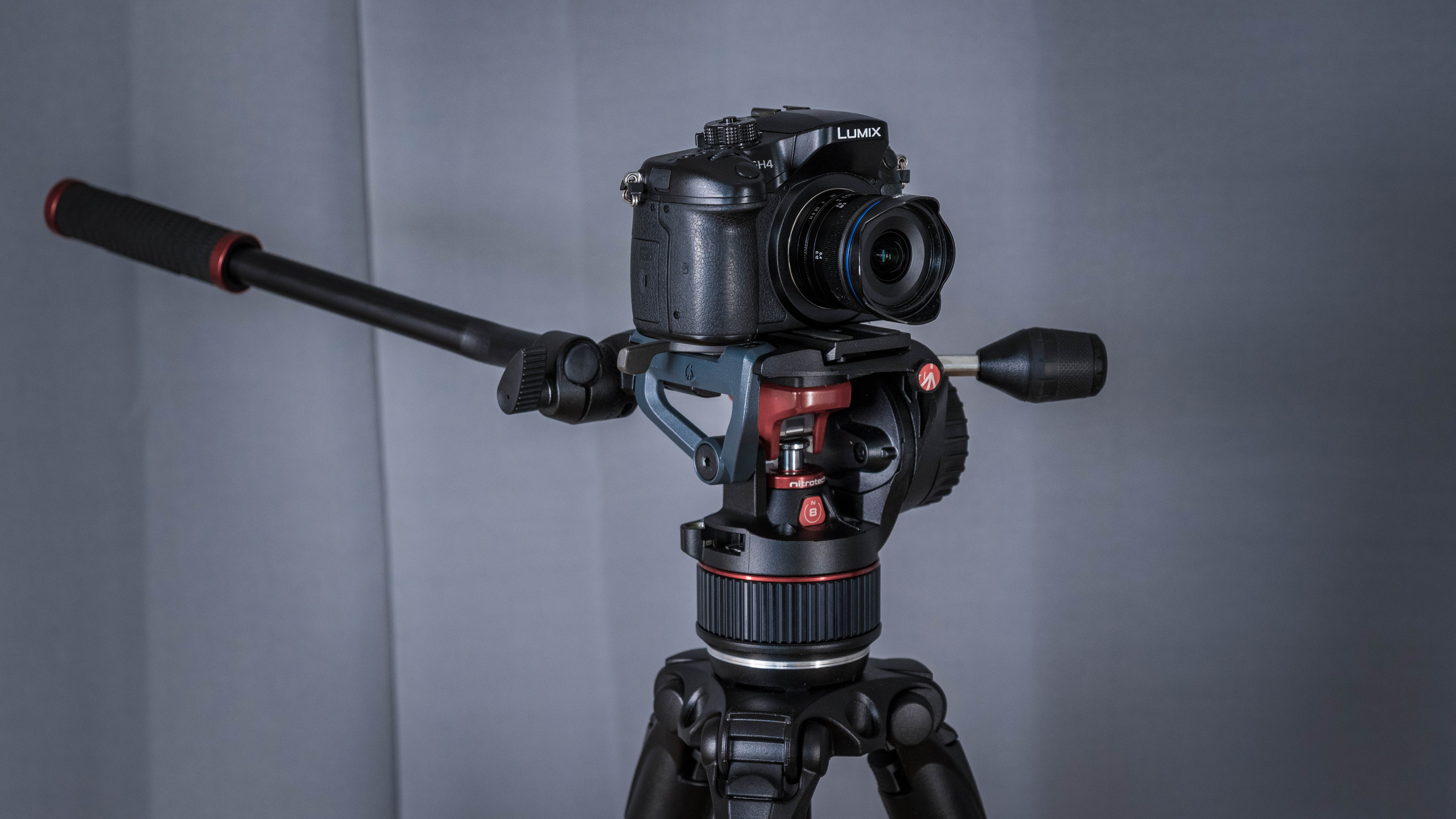 Laowa 7.5mm F/2 Hands-on Review – Ultra Wide Angle Goodness on a GH4