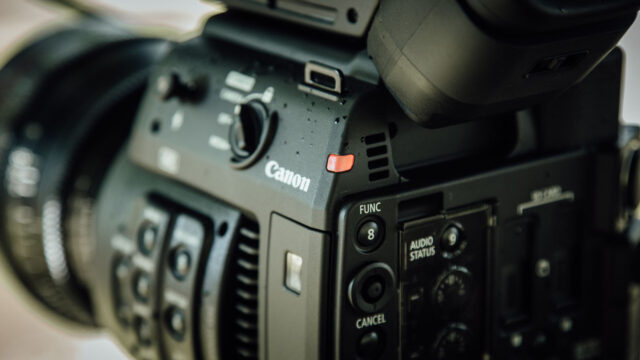 Canon C200 writing RAW data