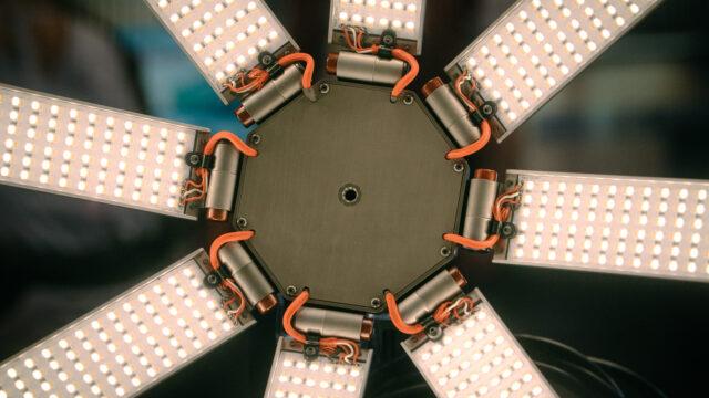 Hudson Spider LED Softlight