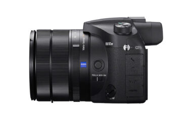 The New Sony RX10 IV – S-Log3, 1000fps and a 24-600mm Superzoom!