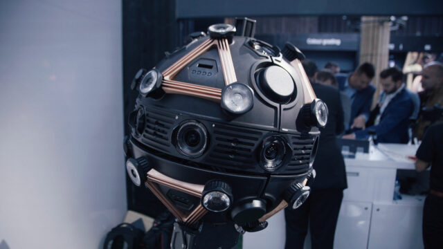 VROX – a 360 Robot with Sony Full Frame Cameras on Wheels