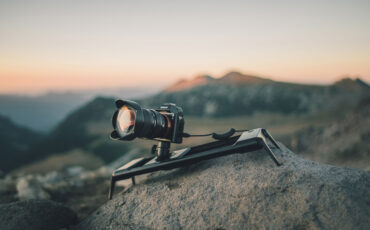 Rhino ROV – An Affordable Portable Motorised Slider for Smartphones and DSLRs