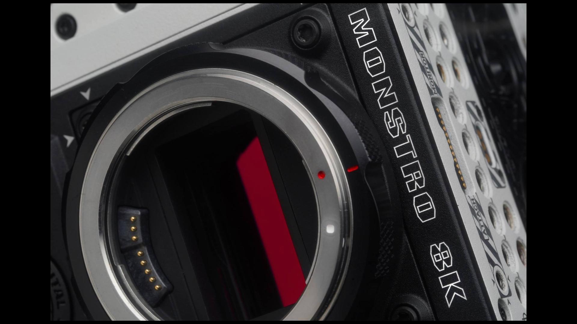 REDがMONSTRO 8K VVフルフレームセンサーを発表