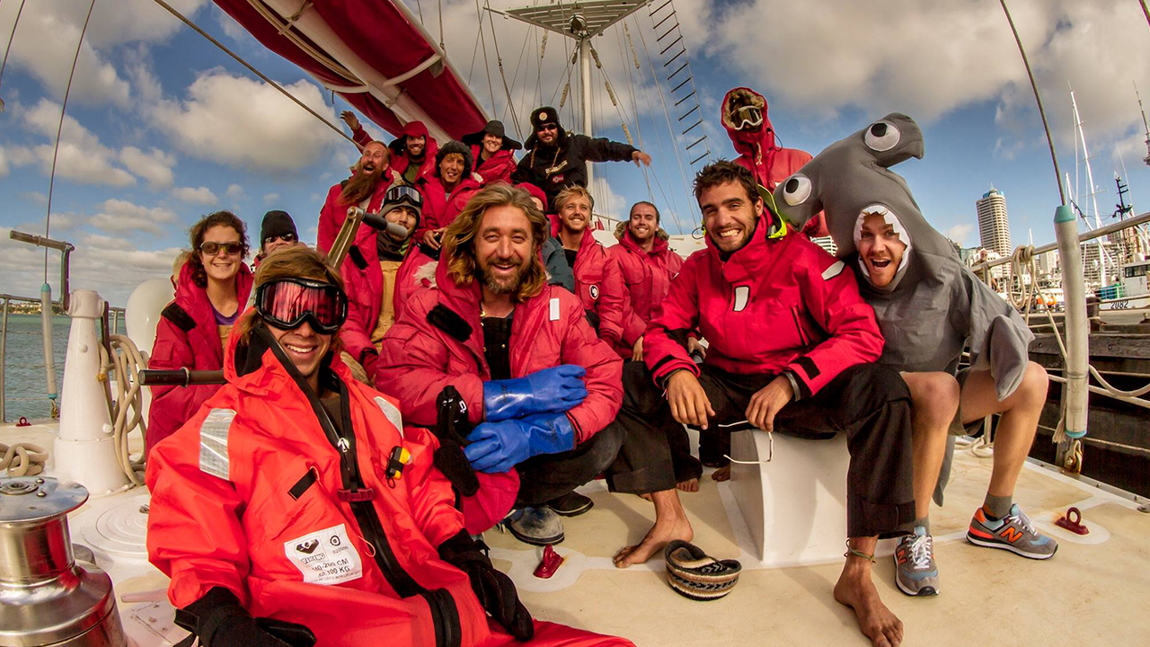 Sea Gypsies – A Feature Documentary Shot on the Canon 5D3 and Magic