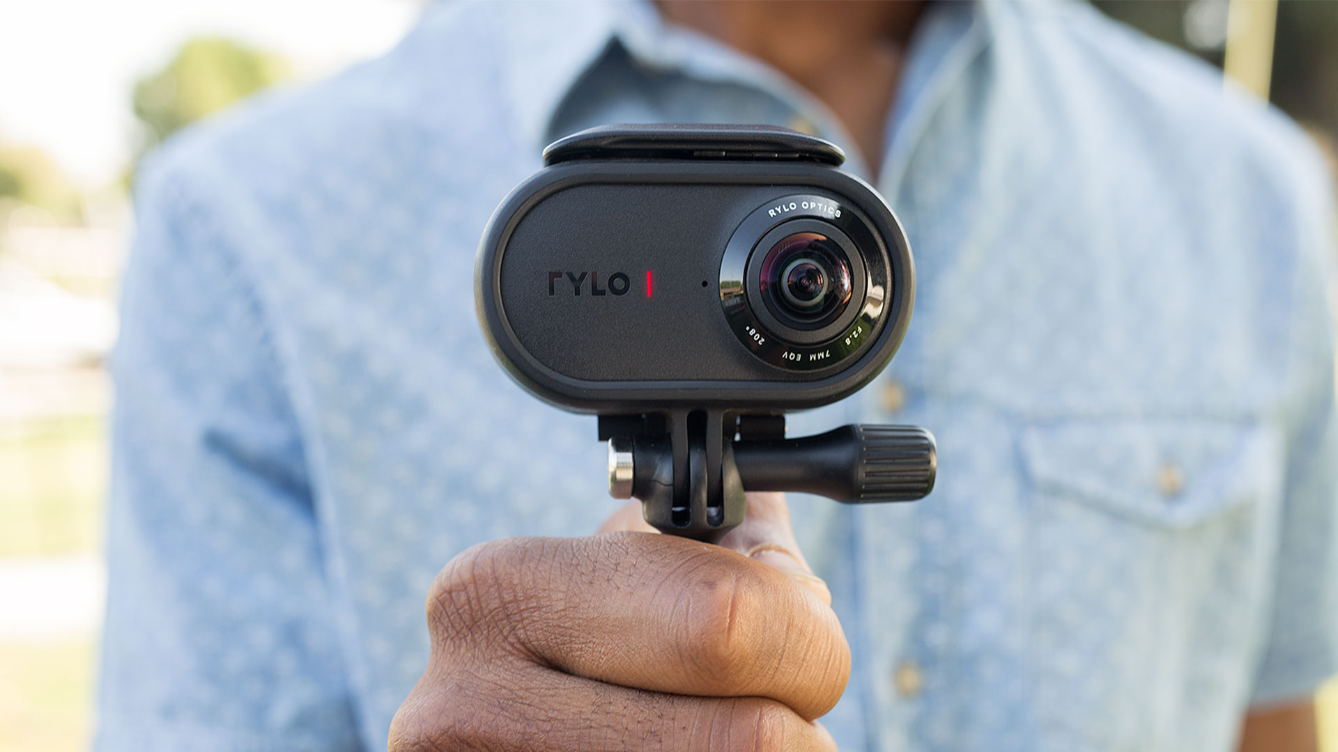 Rylo 4K 360° カメラ - 小型軽量でスマートフォンで編集ができる全方位カメラ