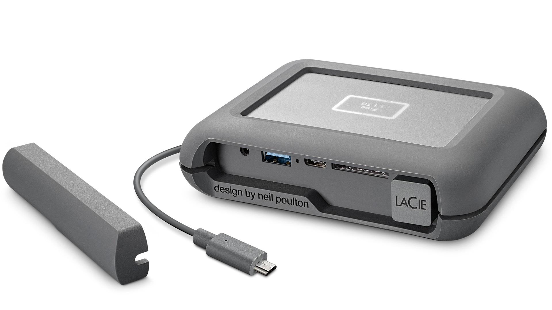 LaCie DJI Copilot - パソコンいらずでメディアをバックアップできる耐衝撃ポータブルHDD