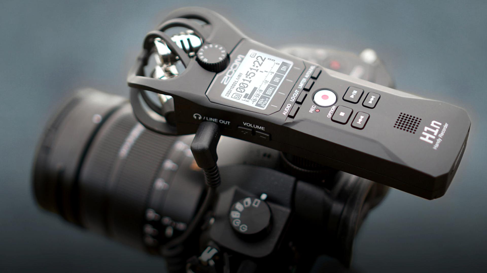 ZoomがH1nを発売 - ミラーレスカメラで録音が容易に