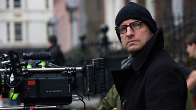 """""""Shoot Movies with Your iPhone, There Are No Excuses,"""" Soderbergh Says"""