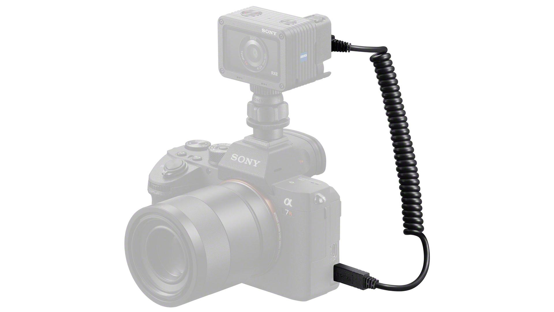 ソニーがカメラ連動用ケーブルを発売 - RX0とαを接続するケーブル