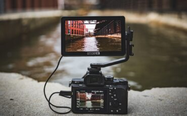 "SmallHD FOCUS OLED - New 5.5"" 1080p Touchscreen Monitor"