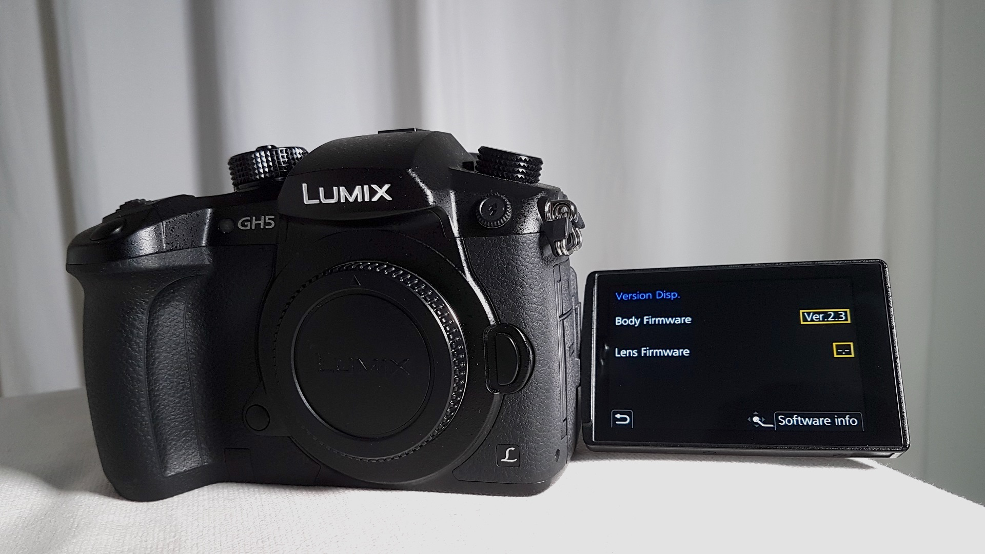 Panasonic GH5, GH5s, G9 Firmware Update - Improves Autofocus