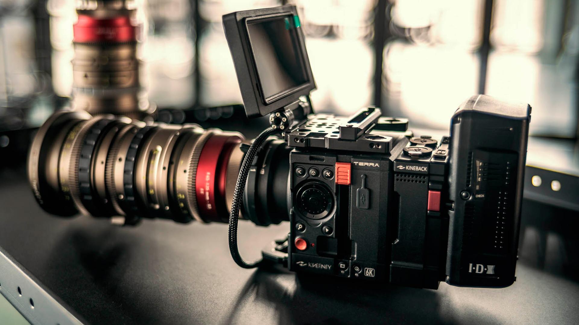 KinefinityがTerraカメラ用KineOS 6をリリース - 新しくなったUIと圧縮RAWを記録
