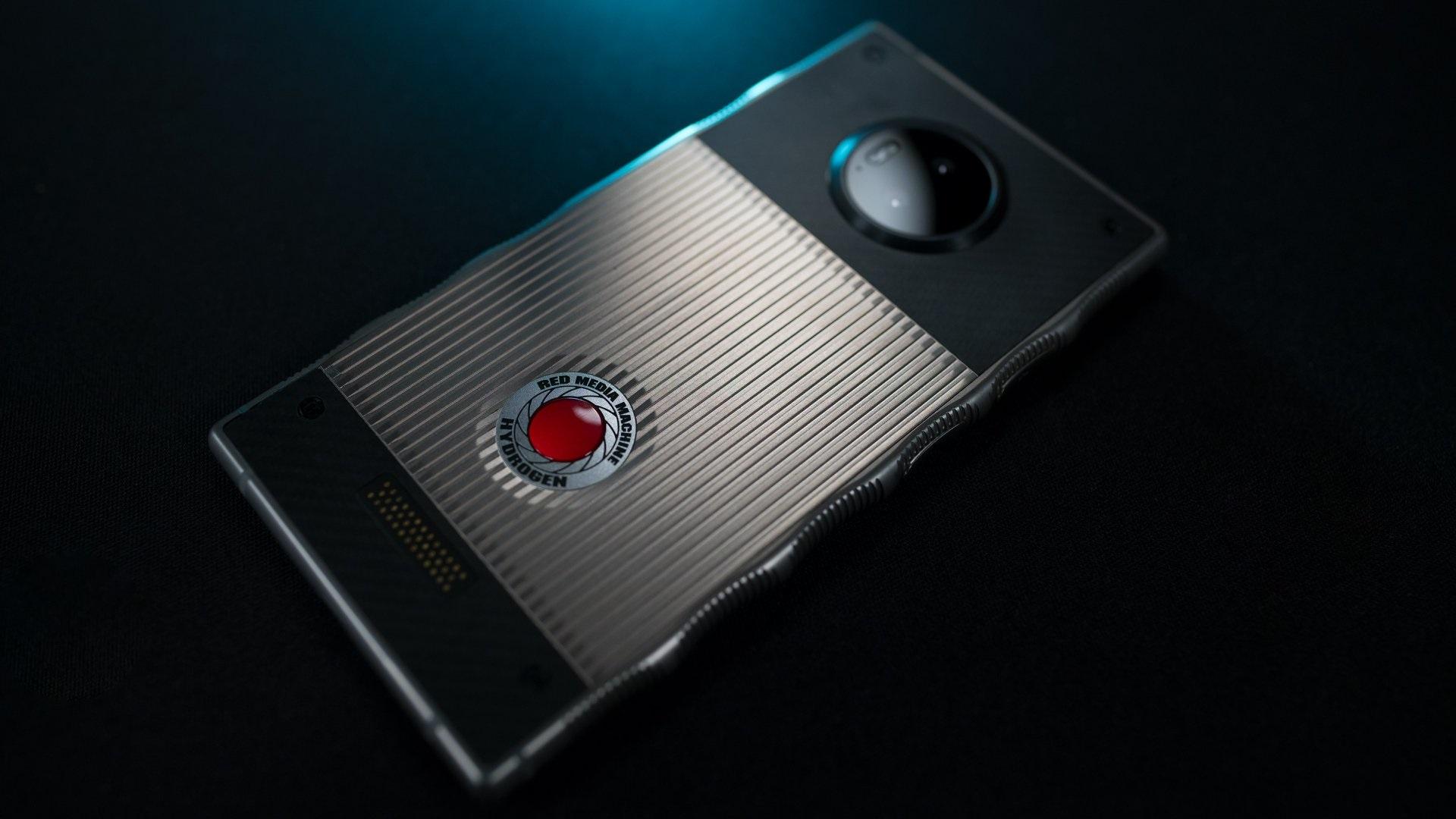 RED Hydrogen One - REDのスマートフォン最新状況