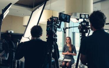 7 Tools to Shoot Stunning Video Interviews