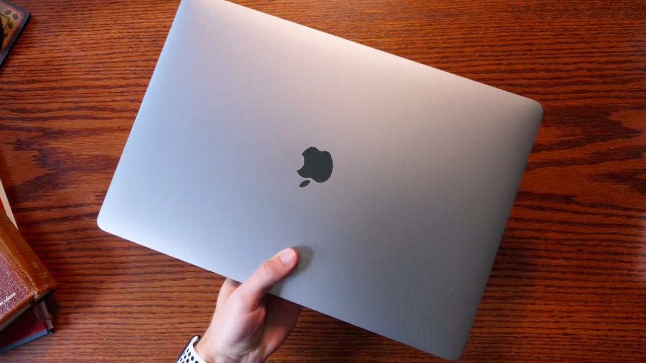 La nueva MacBook Pro i9 de Apple: ¿no tan rápida como prometían?
