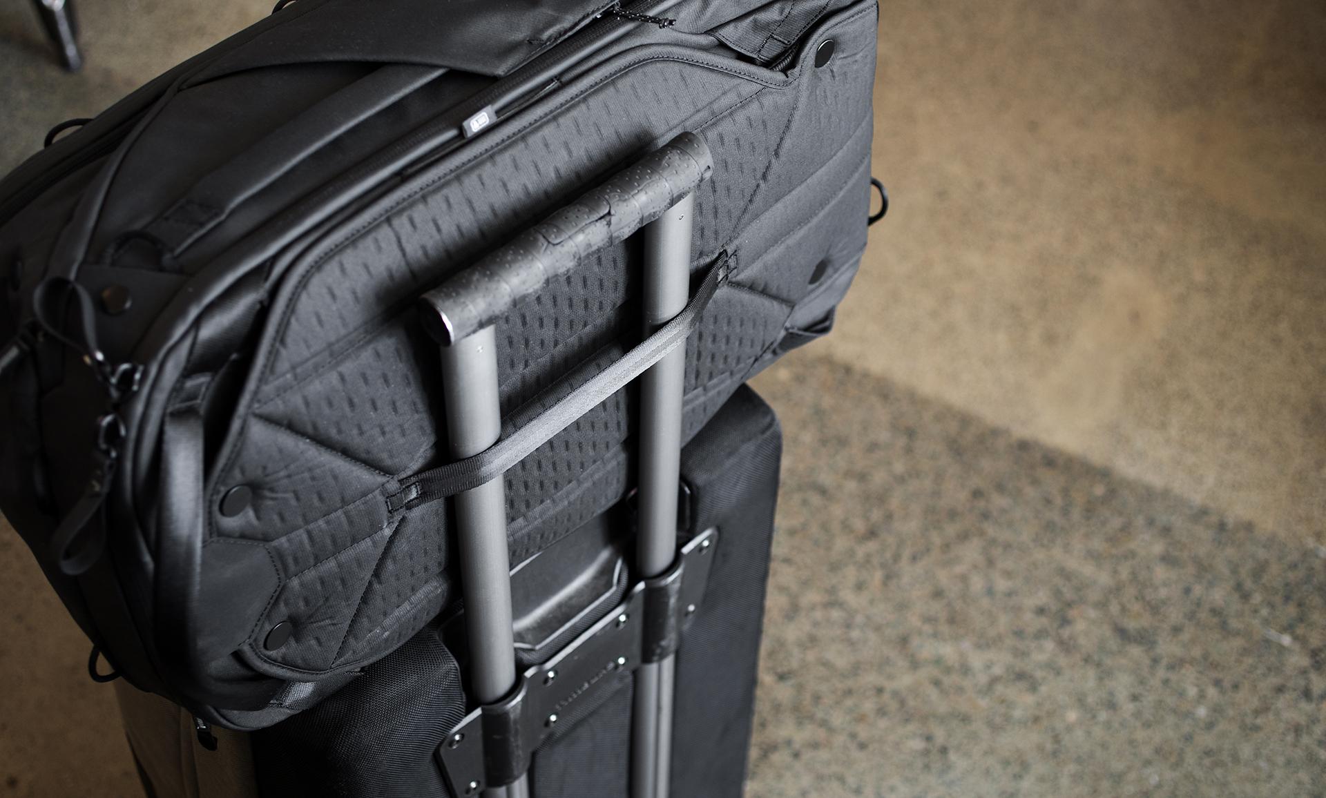 Peak Design Travel Line Kickstarter The Travellers Bag Shell Large But Where Gets Interesting Is Modular Nature