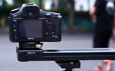 Smartta SliderMini – A Tiny Motorized Slider With Lots of Punch