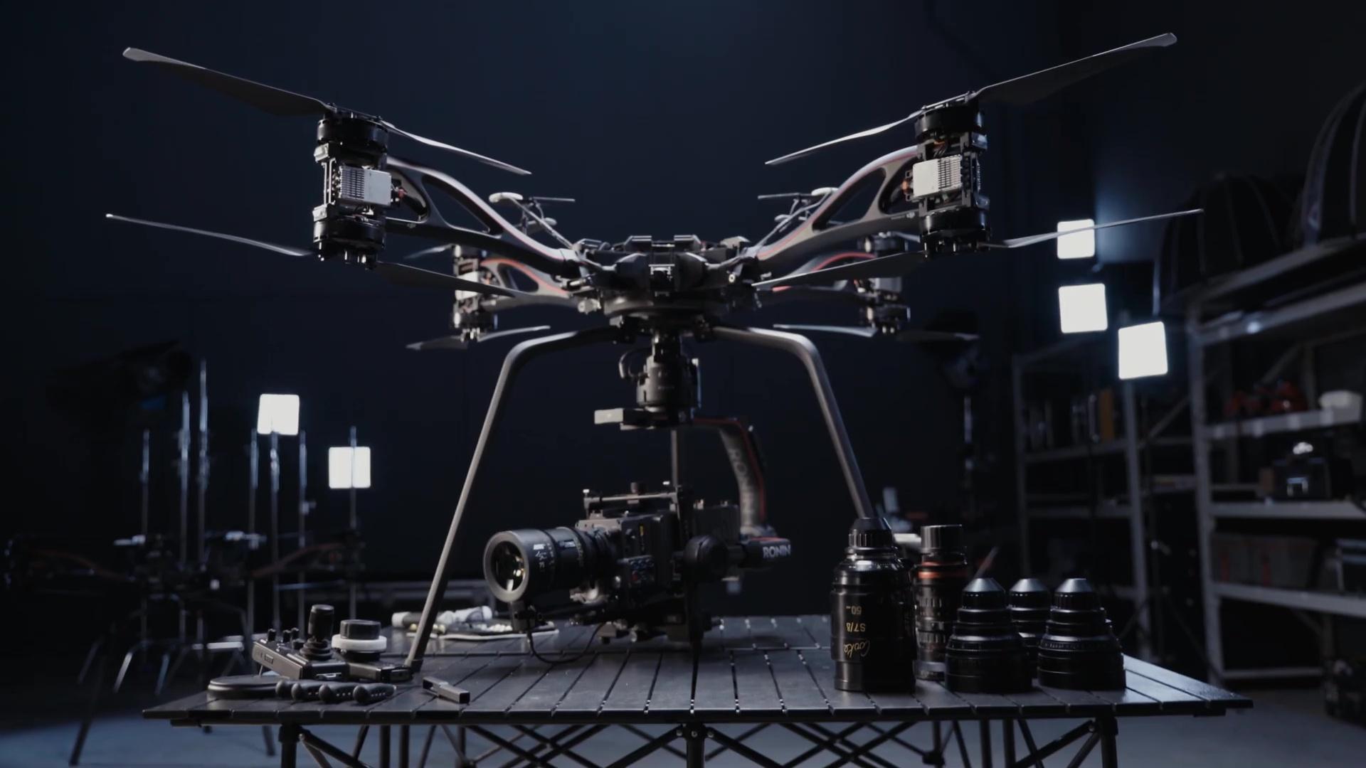 DJI STORM - Plataforma aérea de alta capacidad de carga, por DJI Studio